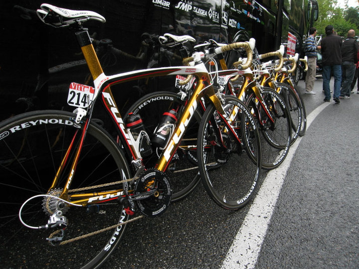 tour_2010_clean_fujis