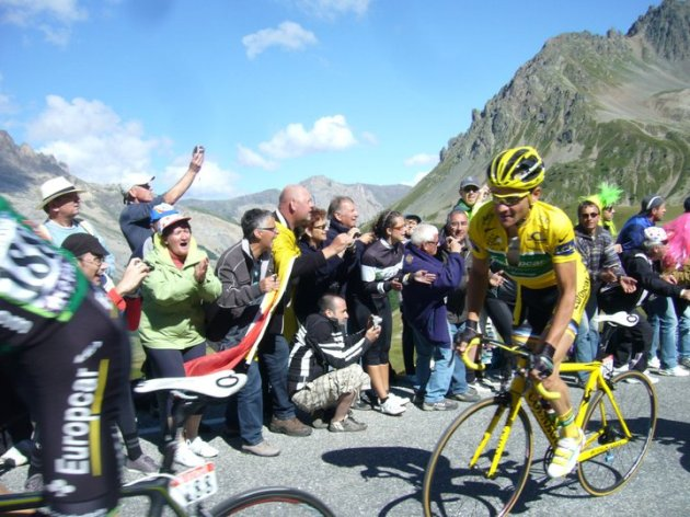 tour_2011_galibier_leaders
