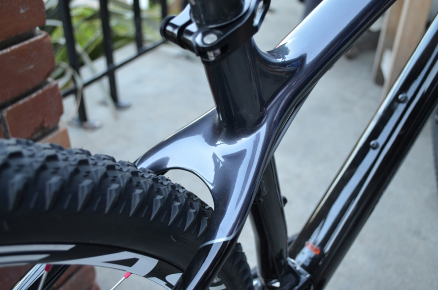 Detail of the 2014 Diamondback Overdrive Carbon Pro Mountain Bike