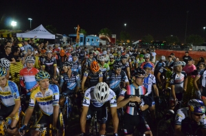 Cross_vegas_men_start