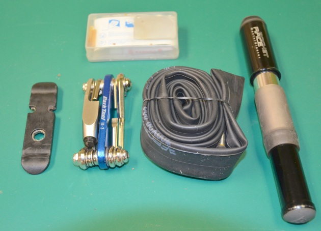 Commuter Kit (carried in messenger bag): Tire lever, multitool, patch kit, spare tube, pump