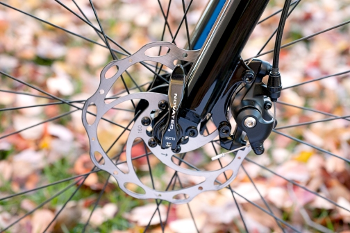 Mechanical disc brakes give the SCX350 all-weather stopping power
