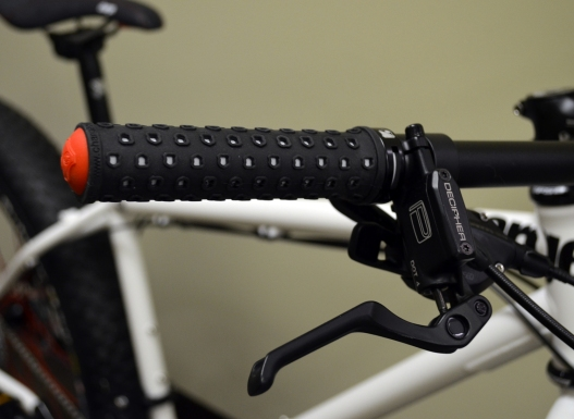 Color-matched Griddle grips and Pro Max Decipher brakes