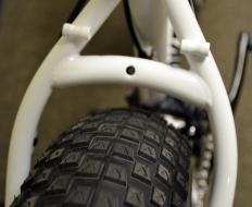 Rear brake arch has plenty of clearance