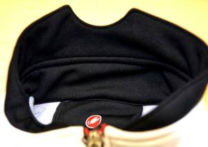 Contoured stand-up collar helps prevent fatigue and keeps your neck warm