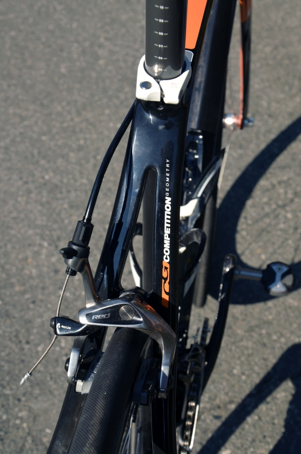 SRAM Red brakes provide excellent stopping power