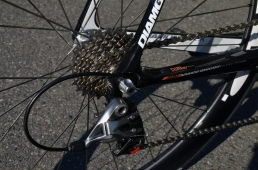 11-speed SRAM Red 22 drivetrain
