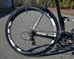 HED Stinger carbon fiber tubulars are super lightweight and aerodynamic