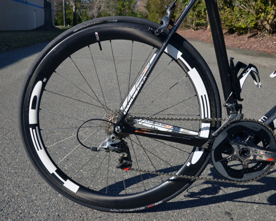 HED Stinger carbon fiber tubulars are super lightweight and aerodynamic
