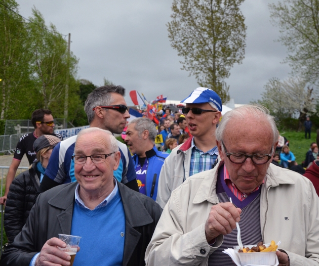 These guys have probably been enjoying Jupiler and frites on the Paterberg since way back