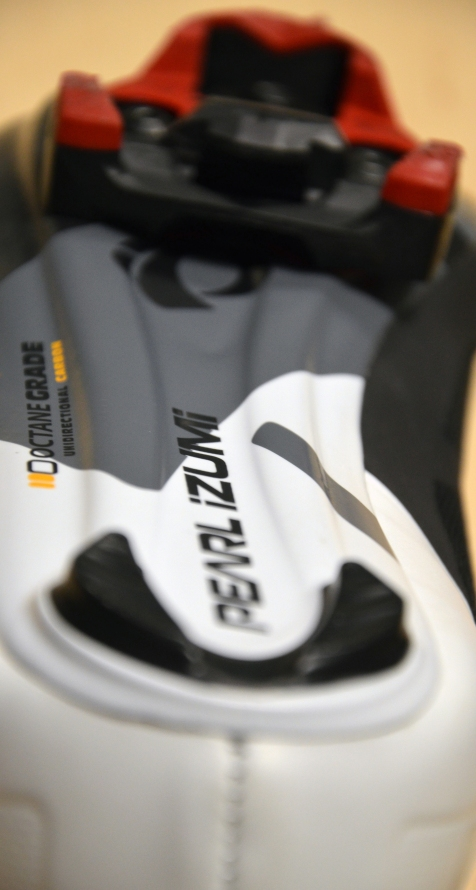 Unidirectional carbon fiber sole is plenty stiff