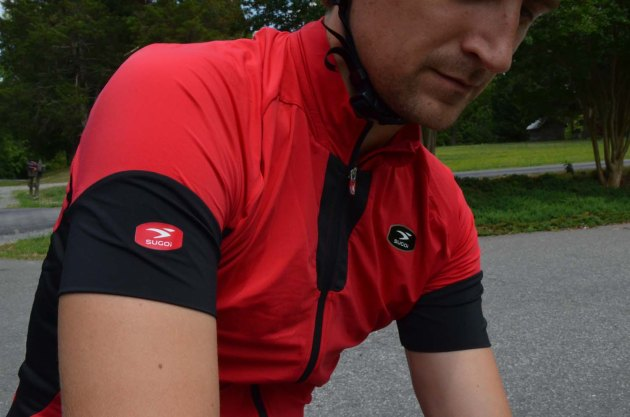 The RS Ice jersey uses Icefil technology to reflect infared light and keep you cooler
