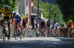 fuji_visit_philly_race_netapp_08