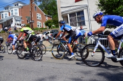 fuji_visit_philly_race_netapp_14