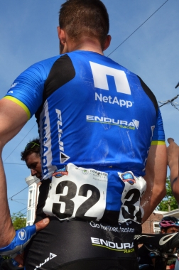fuji_visit_philly_race_netapp_15