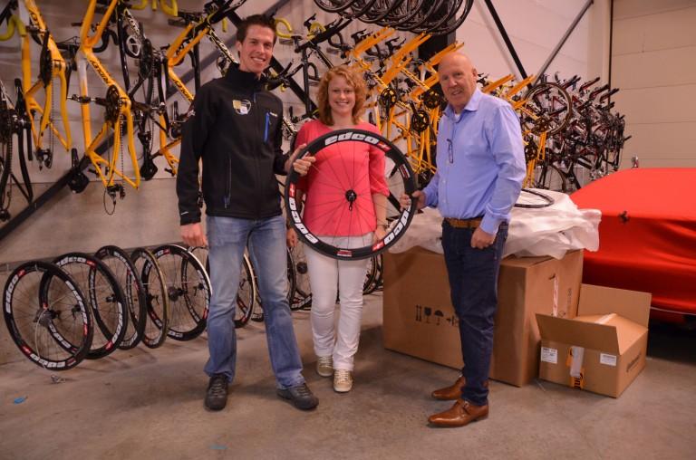 CX star Nils, team manager Karen, and team owner Hans