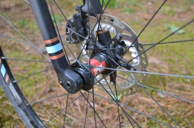 Shimano R785 road disc brakes and 15mm thru axle for the front and rear
