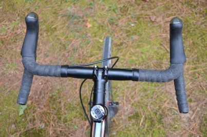 The bars have a nice wide flair for improved handling on tough roads