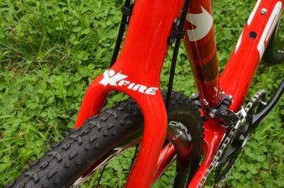 Wishbone seatstays improve frame rigidity