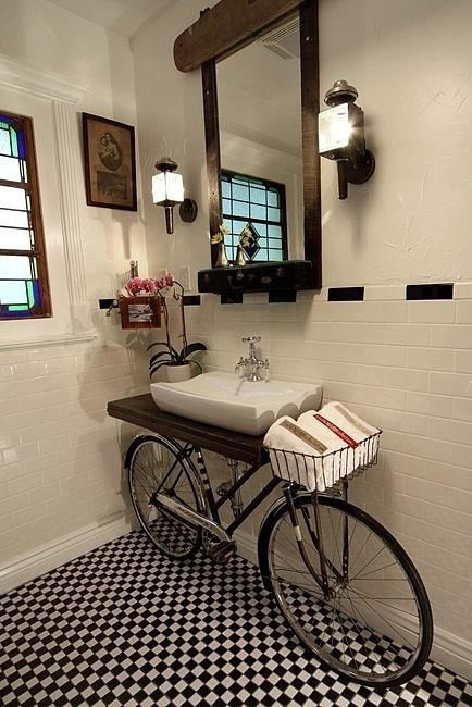 upcycle-bicycle-vanity