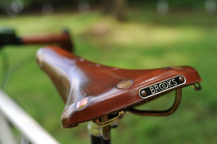 saddle_750.jpg